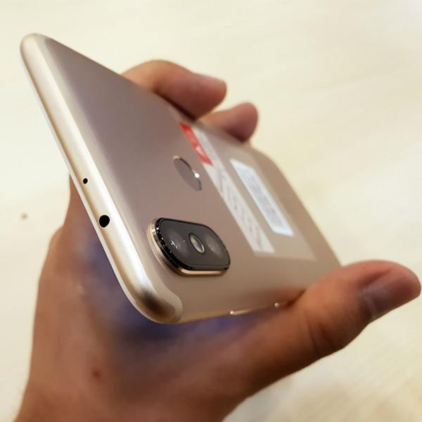 Xiaomi Mi A2 4/64Гб Золотой/Gold