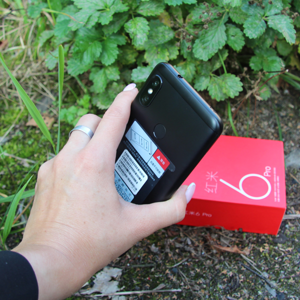 Xiaomi Redmi 6 Pro 3/32Гб Черный/Black