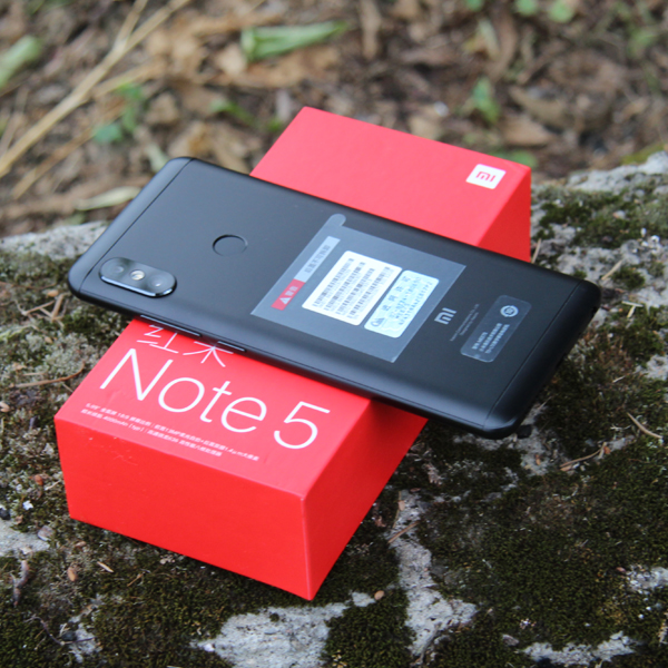 Xiaomi Redmi Note 5 4/64Гб Черный/Black