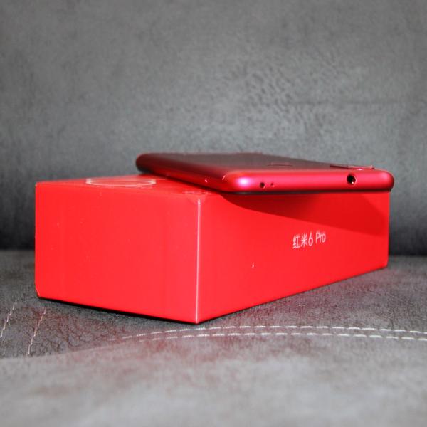 Xiaomi Redmi 6 Pro 4/64Гб Красный/Red