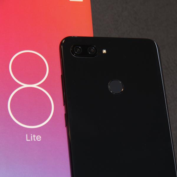Xiaomi Mi 8 Lite 6/128Гб Черный/Black