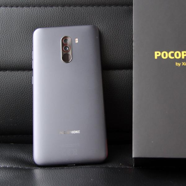 Xiaomi Pocophone F1 6/128Гб Черный/Black